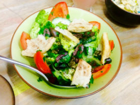 CERU salad with capers, olives, flatbread and tomatoes